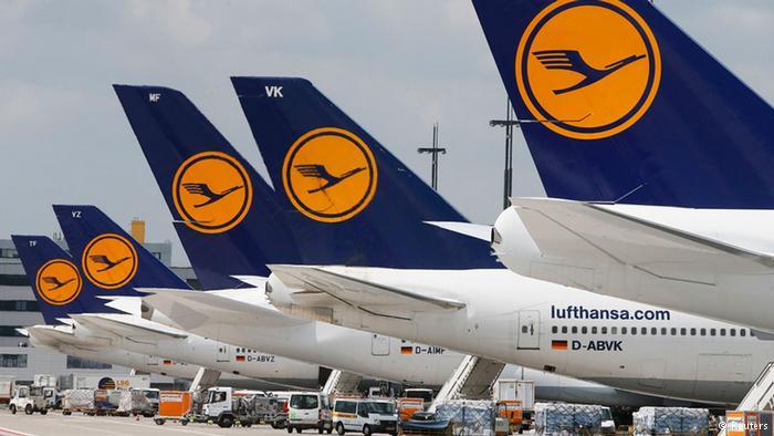 Mange Lufthansa fly bliver på jorden lørdag-