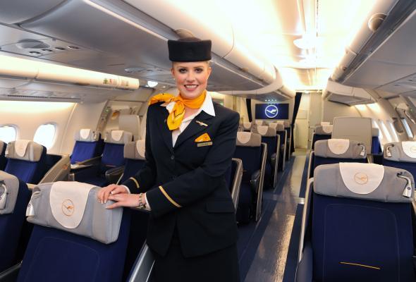 Mange er ved at være trætte af strejken, og vil gerne have Lufthansa personalet i arbejde igen.